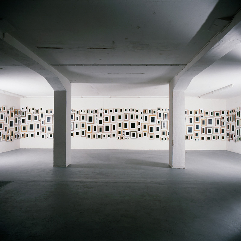 Allan Mccollum Galerie Isabella Czarnowska