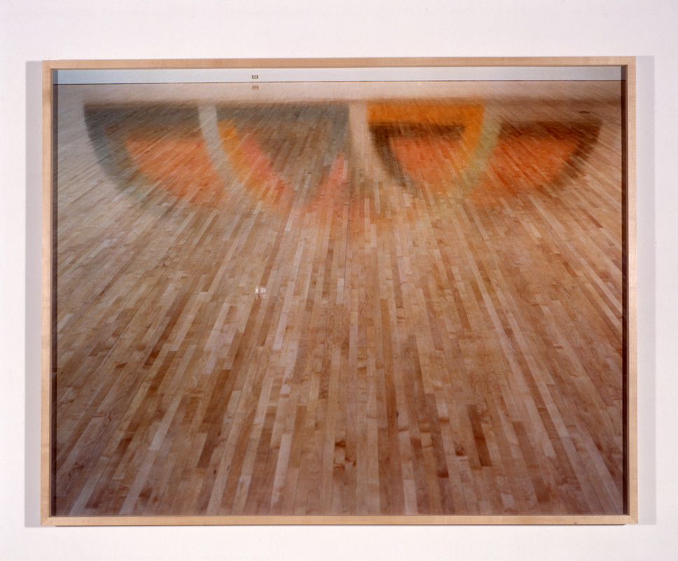 How many pictues. Frank Stell reflected in the floor.